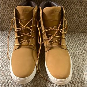Timberland Shoes - WOMEN'S LONDYN 6-INCH SNEAKER BOOTS size 9.5